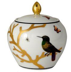 Sugar bowl Boule Bernardaud  Model : Sugar bowl Boule  Collection : Aux Oiseaux  Capacity : 35 cl  or  11.8 oz  Material : Limoges porcelain  Color : see photo  Use : do not put in microwave  Maintenance : warranty dishwasher   http://trend-on-line.com/brand/bernardaud/aux-oiseaux/sucrier-boule-35-cl