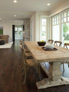 Esstische im Landhausstil mit Stühlen fürs Esszimmer - Rustikale Esstische hell holz wohnzimmer offen raum