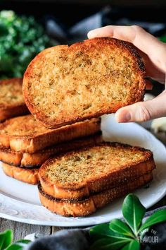 Make crispy, crunchy garlic toast with this easy recipe. All you need is bread, cheese, butter, and herbs. Each bite of this buttery side dish is addicting! Homemade Garlic Bread, Cheesy Garlic Bread, Garlic Toast Recipe, Bread Dishes, Bite Size Food, Yummy Appetizers, Appetizer Recipes, Bread Toast, Herb Butter