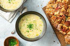 Franse preisoep met comté-borrelbrood - 24Kitchen
