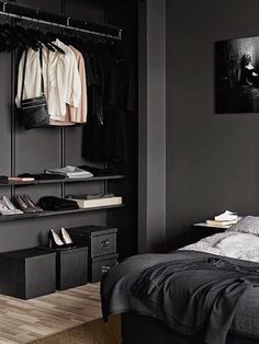 Home and Delicious: DARK BEDROOMS