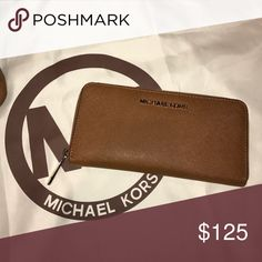 Michael Kors Wallet Camel Brown (BRAND NEW WITHOUT DAMAGES) Michael Kors Bags Wallets
