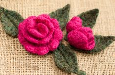 Rosebud and Leaf Pattern to Embellish a Burlap Wreath - Petals to Picots...This is an exquisite crocheted and felted rose and leaves...free crochet pattern!