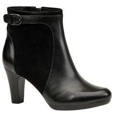 Clarks Women's Society Round Boot | Maryland Square!