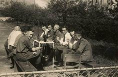 SS officers and doctors from Auschwitz in Solahütte in 1944. Amongst them is Karl Höcker (Adjutant des Auschwitz-Kommandanten Richard Baer, far left) and KZ doctors Dr. Fritz Klein (left at the end of the table), Dr. Horst Schumann and Dr. Eduard Wirths (right 3d in the front).