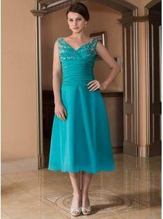 A-Line/Princess V-neck Tea-Length Chiffon Mother of the Bride Dress With Ruffle Beading (008025847) - JJsHouse