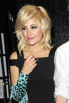pixie lott loose waves: sexy medium blonde hairstyle with bangs