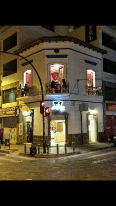 La Botica Café