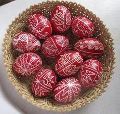 Írókázott húsvéti tojások. Spring Time, Easter Eggs, Paste, Cross Stitch, Décor Ideas, Diy, Floral, Decor, Punto De Cruz