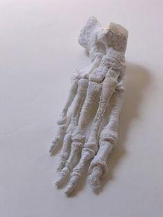 Karine Jollet, sculpture textile. http://www.karinejollet.com/