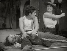"""Charlie Chaplin, Leo White and Edna Purviance in """"Burlesque on Carmen"""" Divas, Edna Purviance, Burlesque Movie, Film Up, Charles Spencer Chaplin, Charlie Chaplin, Old Movies, Old Hollywood, The Dreamers"""