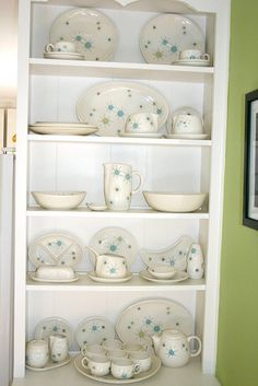 Franciscan Starburst atomic pattern china. I have loads of this - perhaps I should put it out on display like the photo?