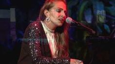 Missy Lynn brings a voice carrying soul & sass to the max paired with a powerful piano presence. She has been compared to Norah Jones, Alicia Keys, Sara Bare. Missy Lynn, Norah Jones, Feel Good, Piano, Singer, Live, Youtube, Singers, Pianos