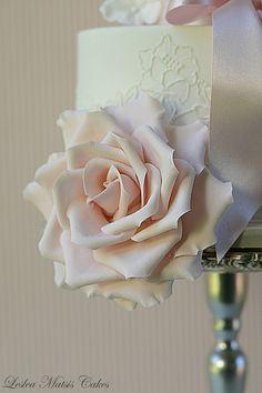 leslea matsis cakes - wedding - wedding cake - pink rose & lace