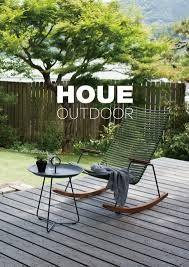 Houe - La collection outdoor Click. Le Rocking chair et la table d'appoint Eyelet.