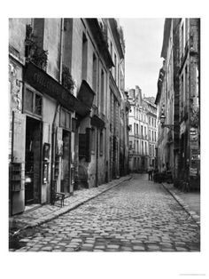Rue Du Jardinet, from Passage Hautefeuille, Paris, 1858-78 Giclee Print by Charles Marville at Art.com