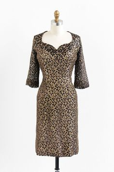 vintage 1960s black + gold lace holiday dress | wiggle dress | vintage dress | size l.