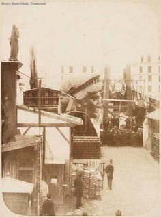 The construction of the Statue de la Liberté à Paris.