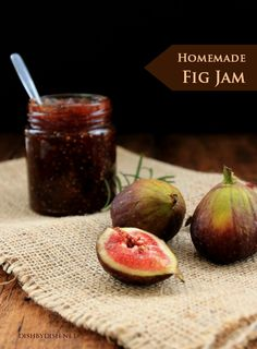 "Homemade Fig Jam, how awesome is that? I adore figs, there have been times when my husband suggested maybe I had a ""fig problem."" LOL But I've never tried fig jam! MUST EAT ALL THE FIGS! Fig Recipes, Canning Recipes, Jelly Recipes, Dishes Recipes, Summer Recipes, Homemade Fig Jam, Salsa Dulce, Jam And Jelly, Wine Jelly"