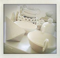 Stoneware (by Jenny Frey) Cookware, Stoneware, Gadgets, Design Ideas, Ceramics, Dishes, Home Decor, Diy Kitchen Appliances, Ceramica