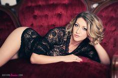 Sexy Blonde Boudoir Photography, Vintage, Artistic, Sultry by BAD GIRL Boudoir, via Flickr | Boudoir - Portrait - Black - Lingerie - Photography - Pose Idea / Inspiration