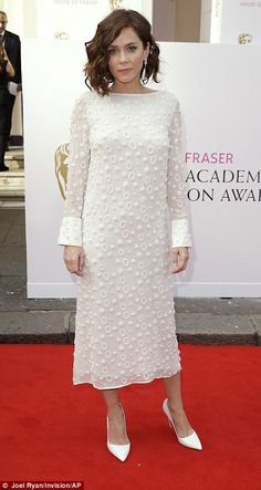 Anna Friel's dress was very pretty from the front...
