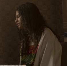 as rue in euphoria Happy Smiley Face, Euphoria Fashion, Zendaya Coleman, Favorite Person, Portrait Photography, Beautiful People, Tv Shows, Celebs, Hair Styles