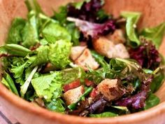 Dinner Tonight: French Bistro Salad with Bacon, Croutons, and Garlic