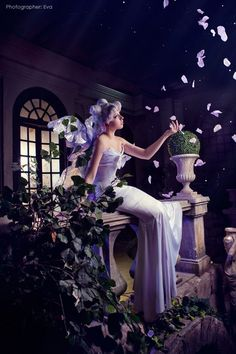 cosandphotogs:  Queen Serenity by Likanda  Queen Serenity from...