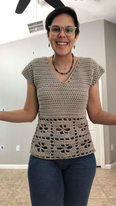 Filet Crochet, T-shirt Au Crochet, Pull Crochet, Mode Crochet, Crochet Shirt, Crochet Cardigan, Crochet Stitches, Crochet Patterns, Crochet Summer Tops