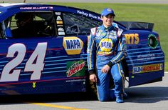 Chase Elliott wins the pole for his first Daytona 500!