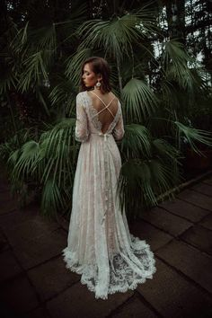 This backless delicate lace wedding dress with open back and blush lining is so feminine and free spirited! backless wedding dress mermaid open backs lace button wedding dresses with long sleeves Western Wedding Dresses, Dream Wedding Dresses, Wedding Dress Styles, Bridal Dresses, Wedding Gowns, Blush Lace Wedding Dress, Delicate Wedding Dress, Full Figure Wedding Dress, Free People Wedding Dress