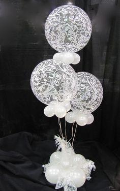 Very elegant table centre piece - Decoration For Home Wedding Balloon Decorations, Balloon Centerpieces, Wedding Balloons, Reception Decorations, Event Decor, Wedding Centerpieces, Masquerade Centerpieces, Deco Ballon, Balloon Arrangements