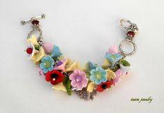 Colourful  Flower bracelet  Romantic jewelry  by insoujewelry