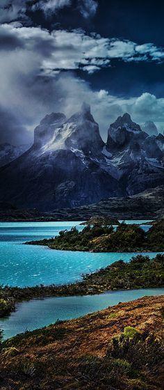 Torres del Paine National Park, Chile // da wars zur abwechslung etwas bewölkt. Nicht immer der Einheits Sonnenuntergang.