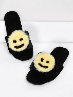 Shop Emoji Design Two Tone Flat Slippers online. SheIn offers Emoji Design Two Tone Flat Slippers & more to fit your fashionable needs.