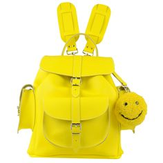 SMILEY YELLOW LEATHER BACKPACK 新着アイテムです!エロー本革バックパックとバッグチャーム リュック イギリス