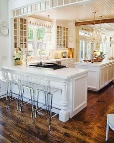 {décor inspiration | places : chandeliers & carrara in the kitchen}