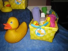 Duck party favors and decorations First Birthday Parties, 2nd Birthday, First Birthdays, Birthday Ideas, Food Themes, Rubber Duck, Party Favors, Lunch Box, Baby Shower