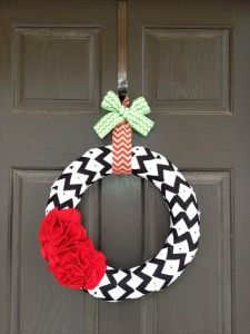 Cutest wreath only 27.00 on www.allthingslovelydailydeals.com