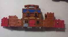 Fisher Price Old West Headquarters Jail & Stable Carry Along Playset 1999 #FisherPrice