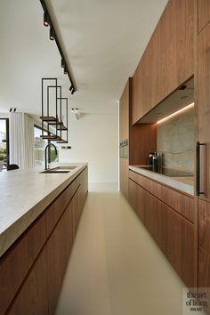 Modern landelijk, de maatwerker, the art of living Kitchen Style, Home Decor Kitchen, Contemporary Kitchen, Kitchen Design Small, Modern Kitchen, Kitchen Island Design, Home Kitchens, Walnut Kitchen, Kitchen Design