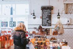Unsere aktuellen Lieblingsorte in Amsterdam – wo es sich besonders schön einkaufen und lecker essen lässt. Alles frisch getestet von Lisa Stehle.