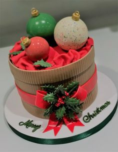 Baubles - cake by Lorraine Yarnold
