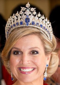 Queen Maxima wearing the tiara with some lovely earrings. Tiara Mania: Queen Emma of the Netherlands' Sapphire Parure Tiara Royal Crown Jewels, Royal Crowns, Royal Tiaras, Royal Jewelry, Tiaras And Crowns, Princess Jewelry, Gold Jewelry, Luxury Jewelry, Glamour