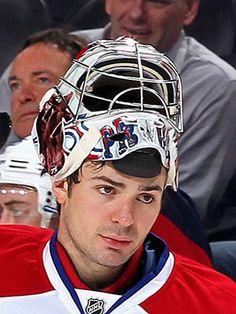 Carey Price, Montreal Canadiens He's so hot, just sayin . Goalie Gear, Hockey Goalie, Hockey Teams, Ice Hockey, Hockey Stuff, Hot Hockey Players, Nhl Players, Montreal Canadiens, Chicago Blackhawks Players