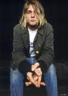 I heart bad boys and long hair. Kurt Cobain.