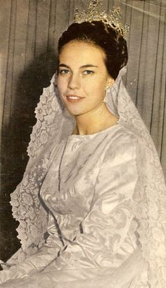 Princess Claude of Orleans, Princess of France on her wedding day, July 22, 1964.