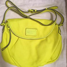 Marc By Marc Jacobs Electro Q Natasha Bag in Safety Yellow #MarcbyMarcJacobs #MessengerCrossBody