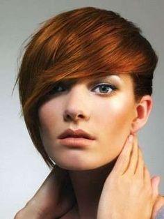 Resultat d'imatges de mujer pelo corto naranja